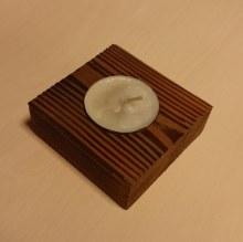 Stojánek čtvereček na 1 čajovou svíčku
