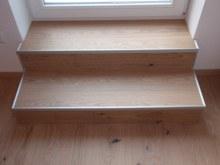 3- Dub třívrstvá 13x180 bílý olej detail schody 2