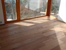 Tesaná podlaha interier 4